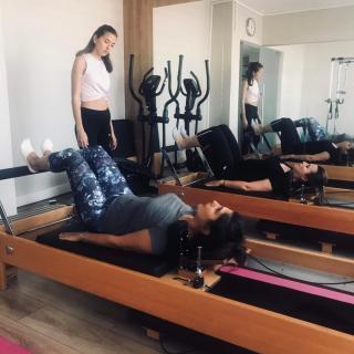 grup reformer pilates, grup aletli pilates, istanbul pilates, grup pilates dersi