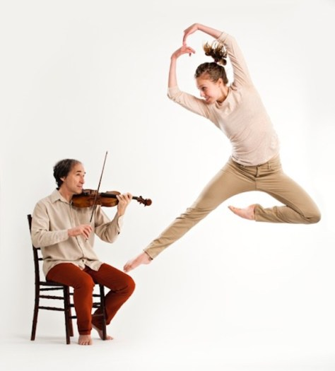 Speaking in Ligeti violinist and dancer