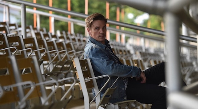 Nashville Actor Riley Smith is on Fire with the Release of his New Single