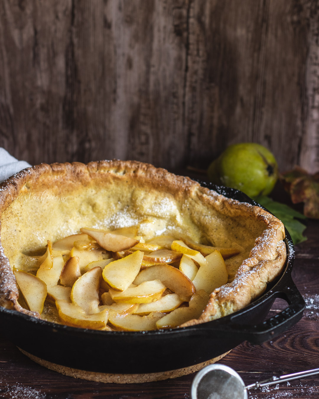 Dutch Baby Pancake with Caramelized Pears