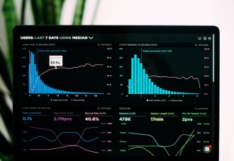 analyzing consulting dashboard
