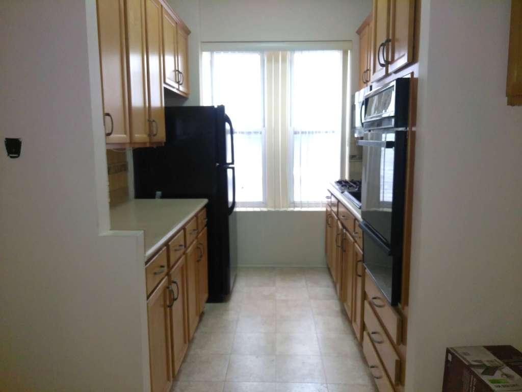 crown street 3 bedroom apt in crown heights at corley realty group crg3220