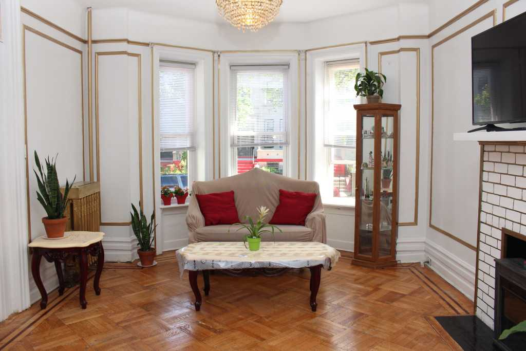 townhouse at 1237 union st in crown heights brooklyn crg1103