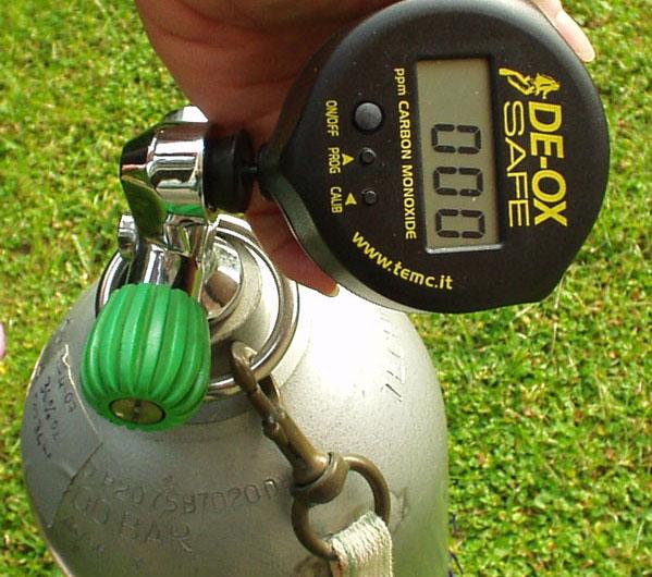 L'analizzatore DE-OX Safe in uso alla Cormorano Sub