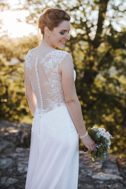 Hochzeit Habsburg Braut Rücken