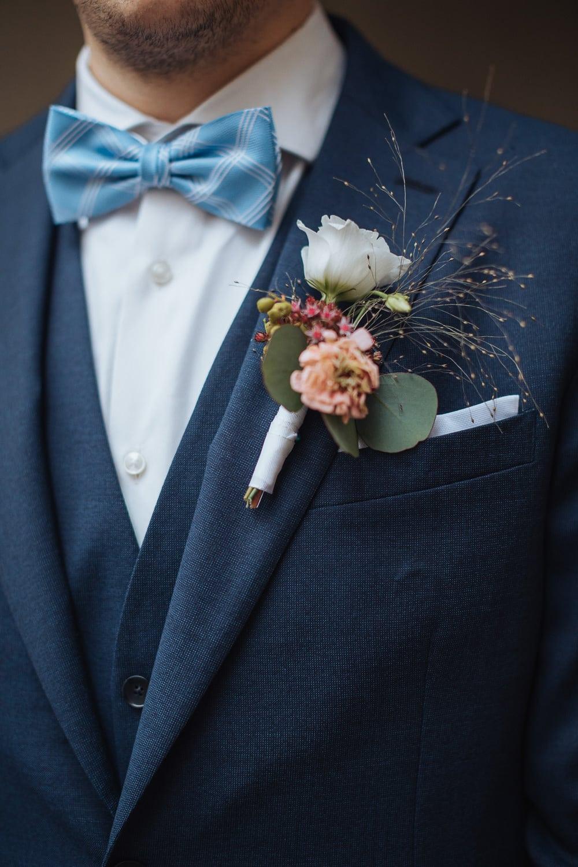 Hochzeit Anzug Blumenanstecker