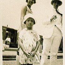 Dicky, Maud, Willem August