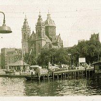 Amsterdam, tijdens verlofjaar in Nederland (1935)