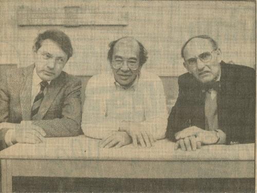 Met collega's Hans Learbuch en Cor Wester in de Rijswijkse Courant, 1985.