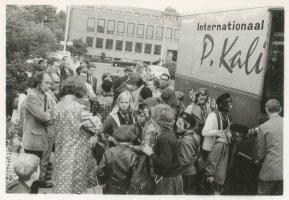"""""""Padvindsters zomerkamp juli 1970 te Aerdenhout. Het wegbrengen"""""""