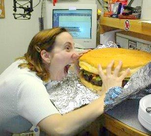 https://i1.wp.com/www.cornichon.org/archives/Giant%20burger.jpg