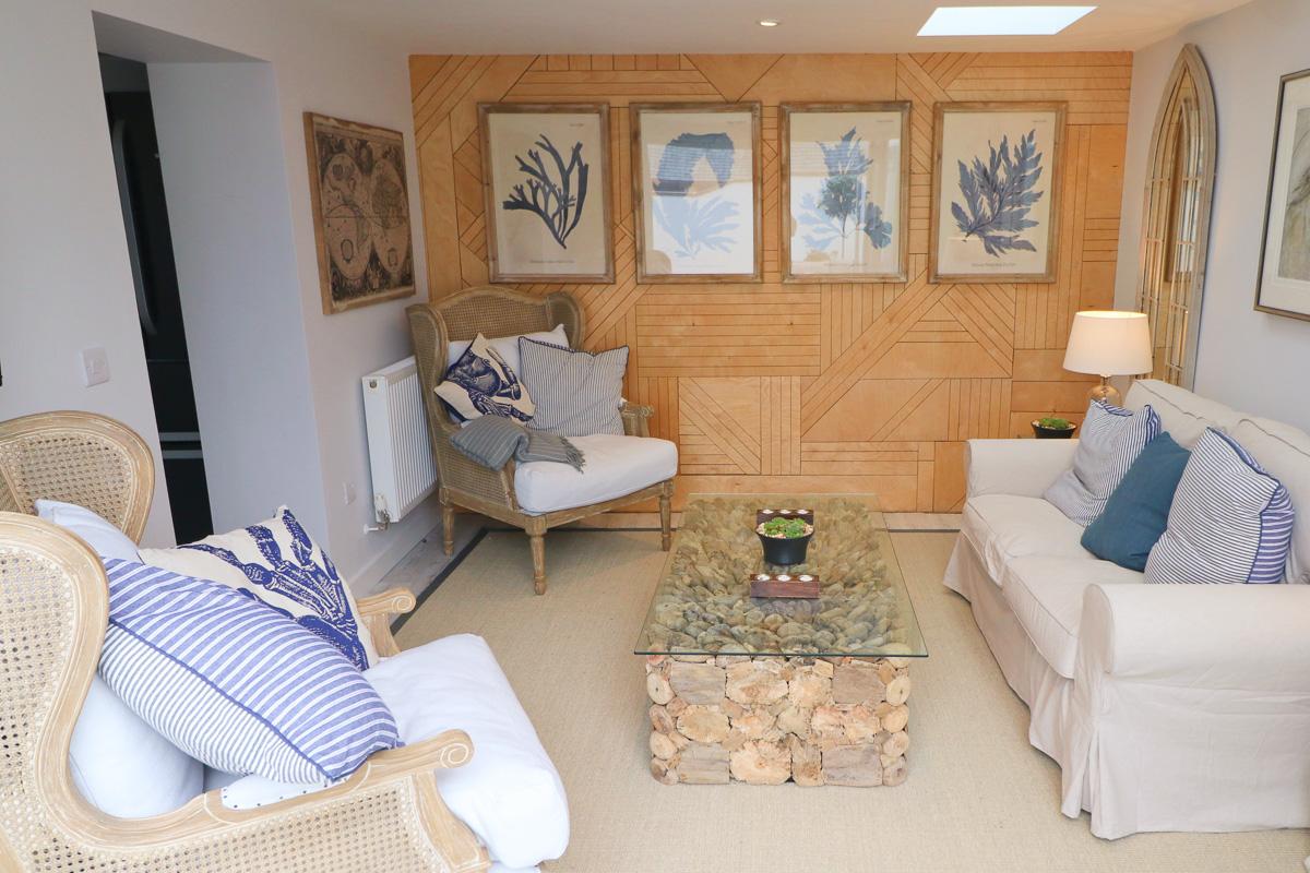 Trehelles Cornwall holiday cottage seating area
