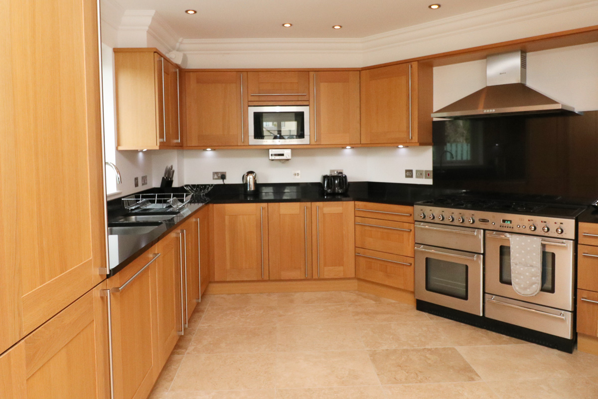 Doyden holiday apartment Cornwall open plan living