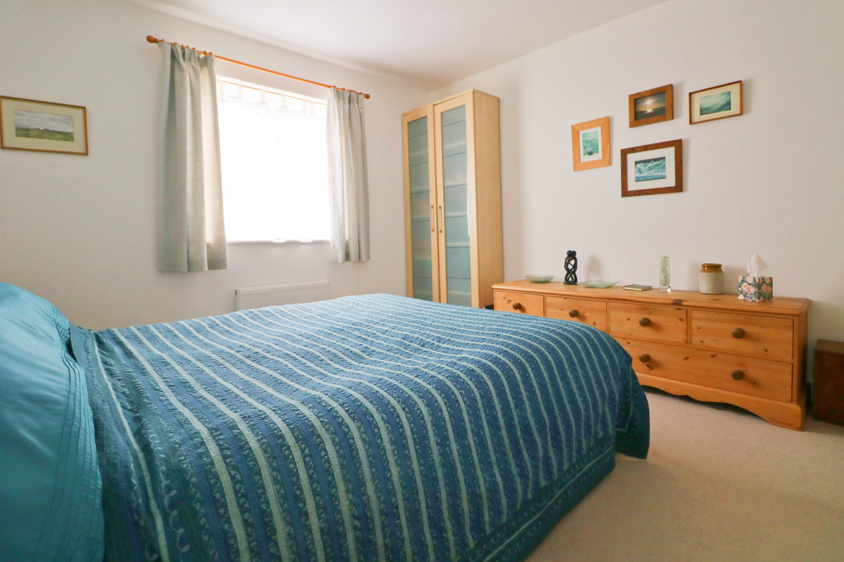 Waterhouse holiday home Cornwall double bedroom