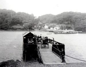 'Queen of the Fal' passes in front of the King Harry ferry early 20th century
