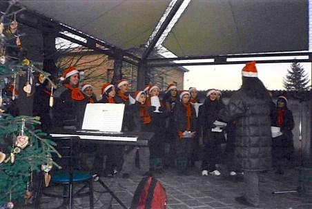 Concerto di Natale in piazza a Trecasali (PR) - inverno 2002