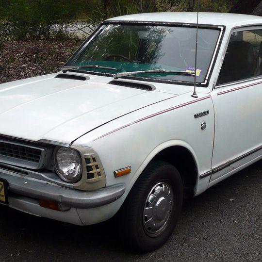 Conheça a história do Toyota Corolla no Brasil