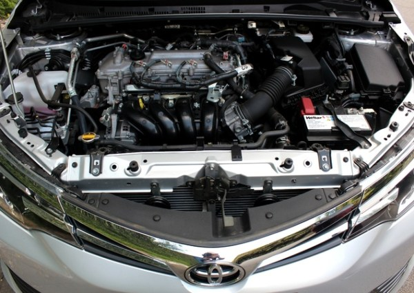 Motor Corolla 2019