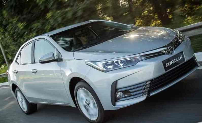 Corolla XEi fica por R$99.990 com taxa zero