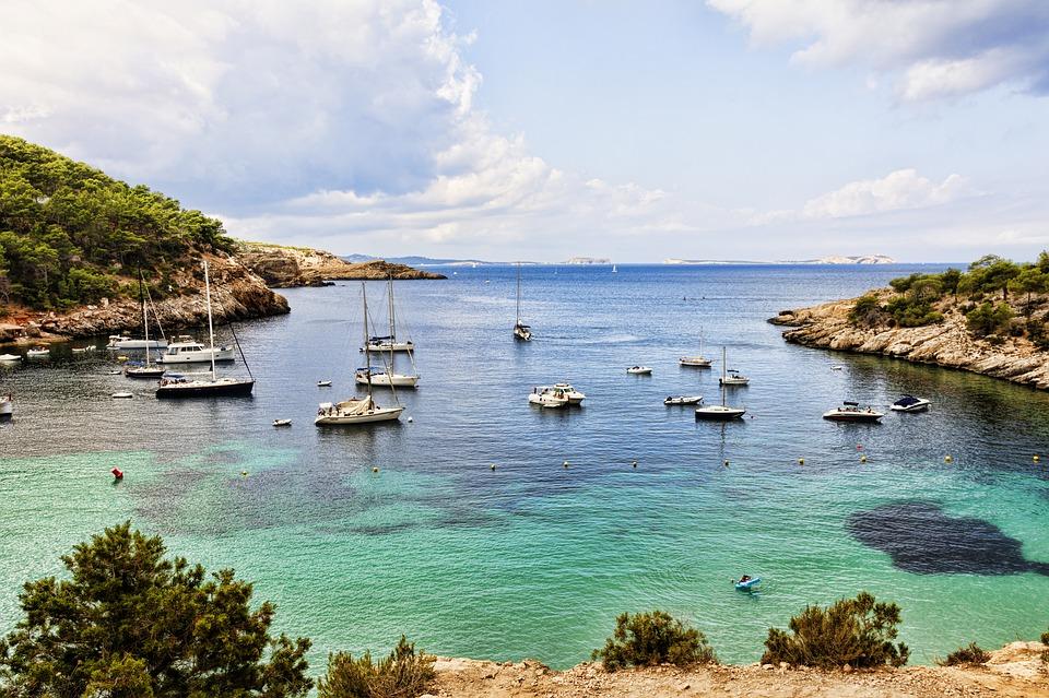 ibiza, migliori destinazioni europee dell'estate