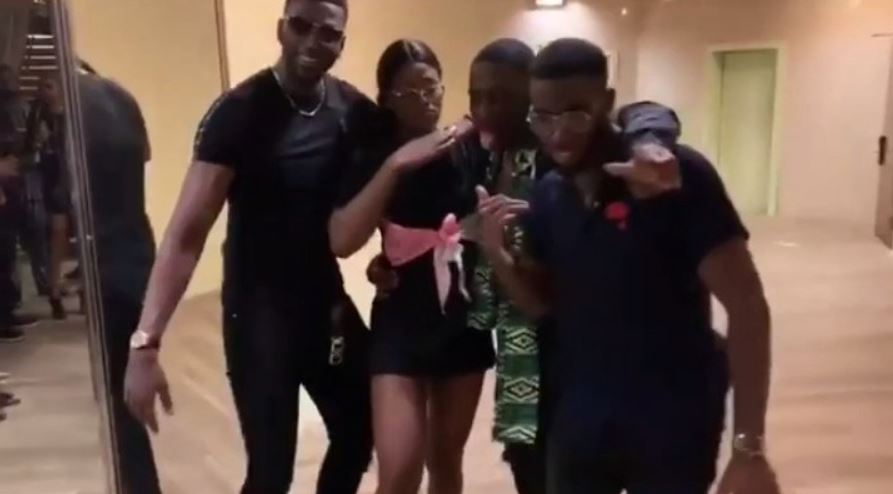 Alex spotted dancing with Kupe boys in Nigeria (Photos)