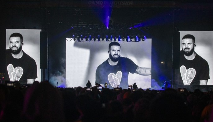 Trending Video: Embarrassing moment Drake got booed off the stage