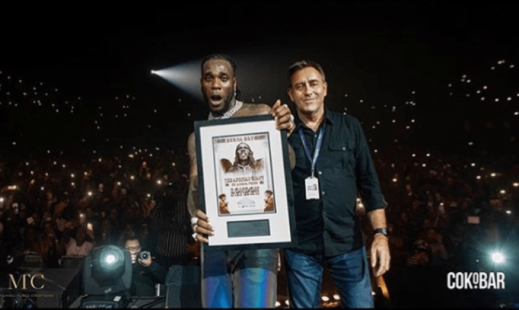 Burna Boy shuts down Wembley Arena in London (SEE VIDEO)