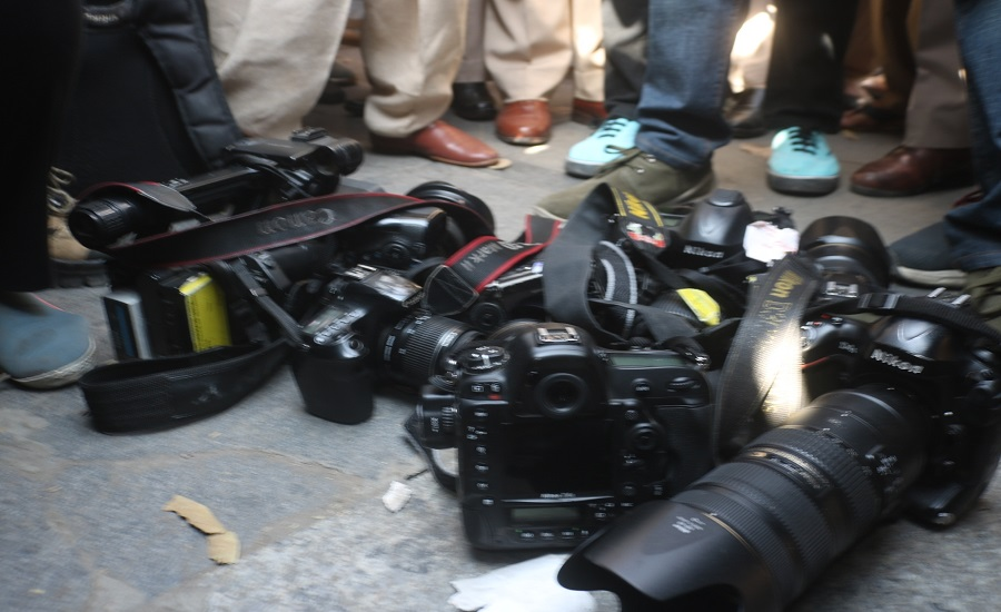 Lucky Journalists escape death while attending Bayelsa elections, cameras damaged