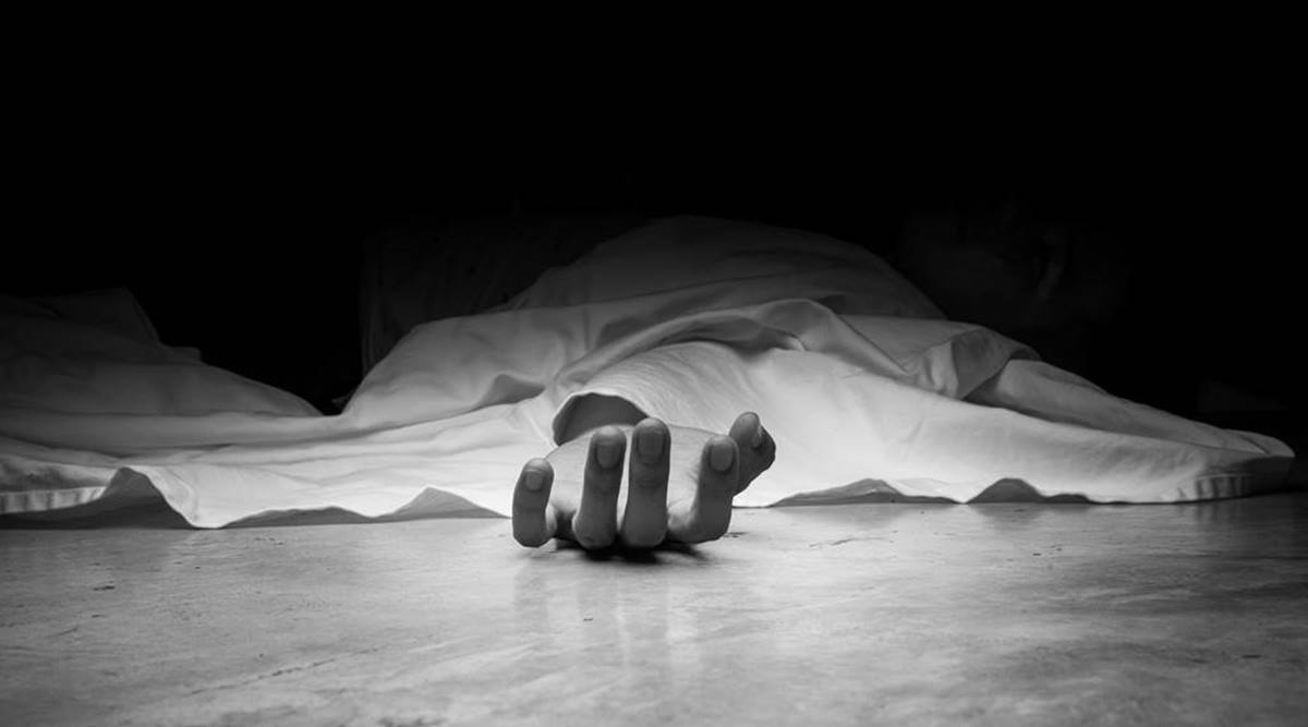 Final year student announces his death on WhatsApp, kills self after completing project