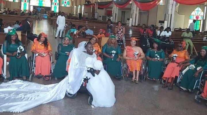 Lady in wheelchair weds in Abuja accompanied by bridal train all in wheel chair (Pictures)