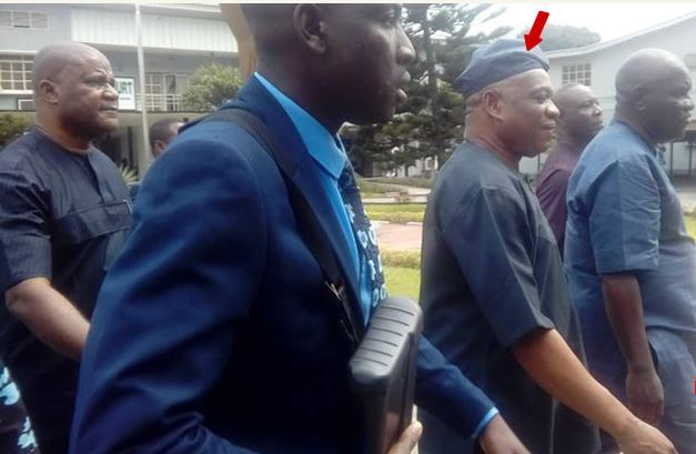 Please dont handcuff me i will follow you – Convicted Kalu begs prison wardens