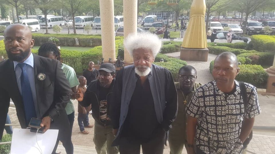 Photos of Professor Wole Soyinka as he arrives court in show of solidarity for Sowore