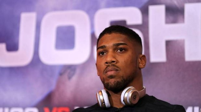 """""""I don't have a girlfriend and I can't find someone to grow old with"""" – Anthony Joshua"""