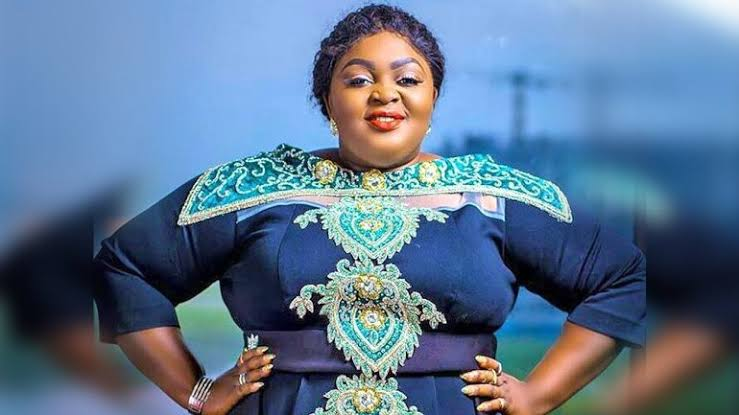 Eniola Badmus reveals the kind of personal assistant she needs
