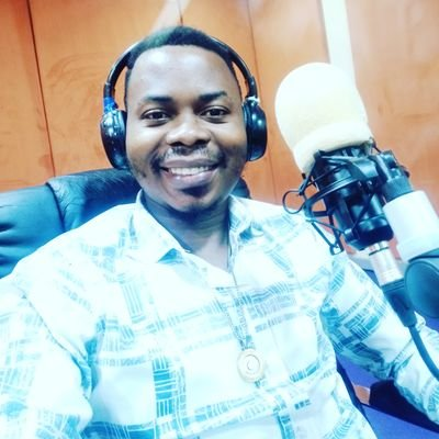 Man narrates how he got a job after rocking Igbo attire to the interview