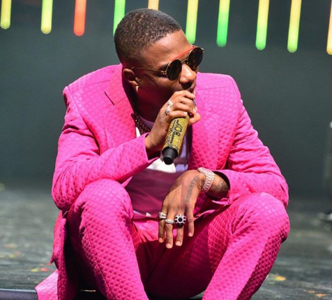Wizkid's favourite babymama reacts after he revealed his intention to find a wife during MIL tour