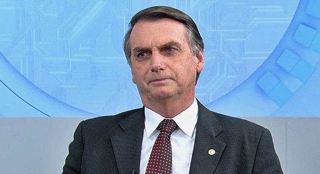 Bolsonaro é diplomado presidente; conheça ministros do novo Governo