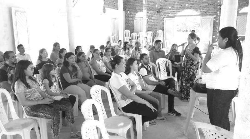 Pastoral dos Surdos da Diocese de Sobral visita Pires Ferreira para inspirar implantação em comunidade