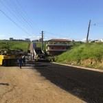 Anel viário de Surubim começa a receber camada de asfalto