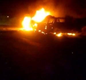 Veículos pegam fogo após colisão na zona rural de Surubim, uma pessoa morre e três ficam feridas
