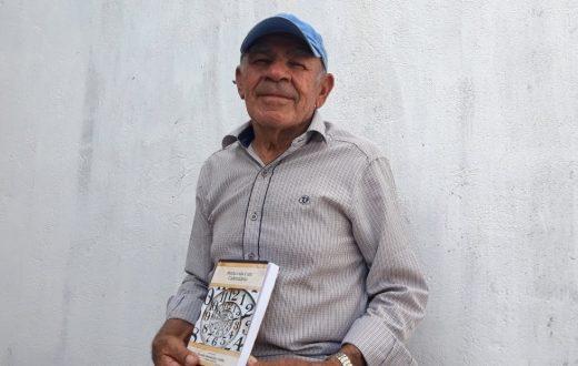 """Nivaldo Coelho, o """"Homem Calendário"""" lança livro nesta sexta-feira (18) em Surubim"""