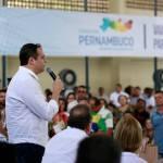 Em Surubim, Paulo Câmara anuncia obra de saneamento e regulamentação de transporte alternativo