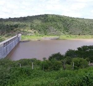 Incêndio em subestação de Jucazinho suspende abastecimento de água em 13 cidades