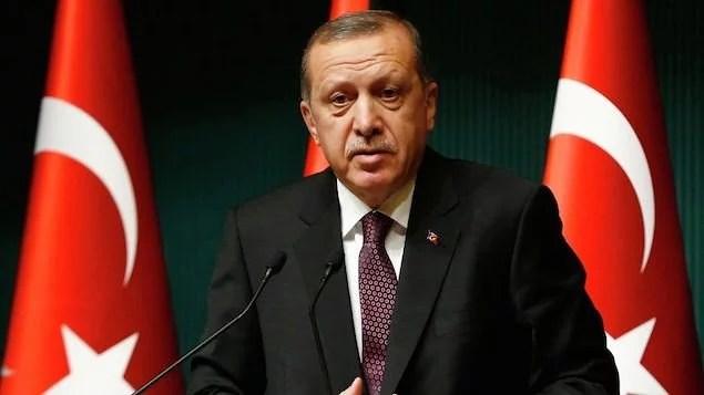 Denúncias de fraude pairam sobre referendo na Turquia