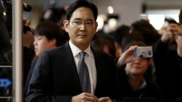 Coreia do Sul pede prisão de chefe da Samsung