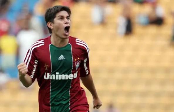 Dario Conca volta a jogar no São Bento de Sorocaba