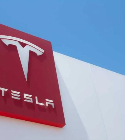 Fachada Tesla