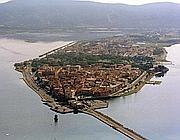Vista aerea di Orbetello