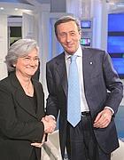 Il presidente della Camera Gianfranco Fini e la vice presidente del Partito democratico Rosy Bindi in una foto d'archivio (Ansa)