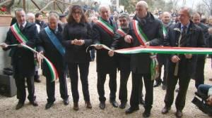 Le autorità presenti all'inaugurazione